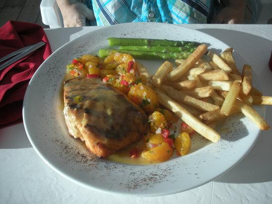 Boat House Restaurant: Orange Ginger Glazed Salmon-Cilantro Manderine Orange Salsa