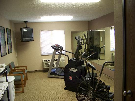 Quality Inn & Suites: Fitness Area