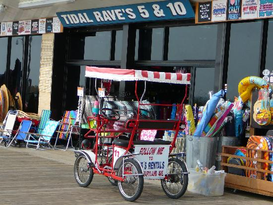 5 10 And Bob S Bike Al Cart On The Rehoboth Beach Boardwalk