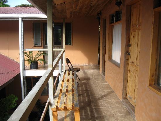 Manakin Lodge Monteverde : Upstairs deck