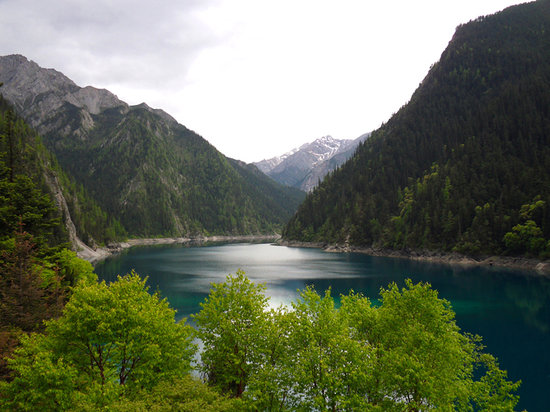 Jiuzhaigou County, China: Long Lake
