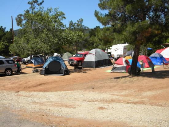 Lake Casitas: Spaces for tents