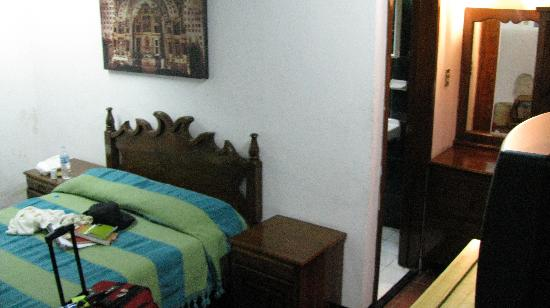 La Casa de la Tia: Many rooms contain two floors, with three beds, a bathroom, a television, and a closet and chest