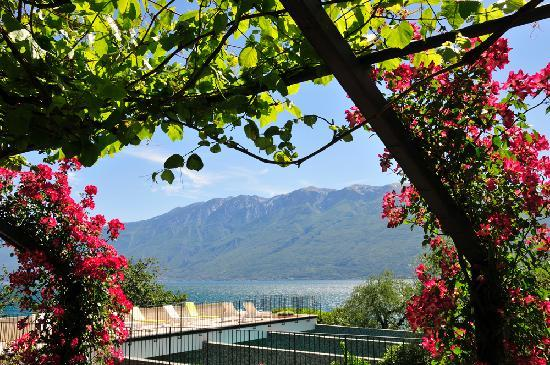 Hotel Villa Giulia: view from car park