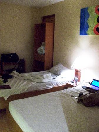 Gran Prix Hotel & Suites Cebu: Premium Deluxe Room