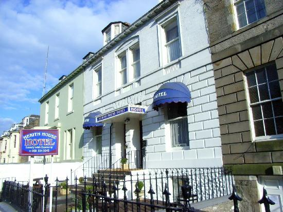 Das Merith House Hotel liegt direkt an den Leith Links