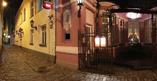 Old Riga Hotel Vecriga : Hotel Building