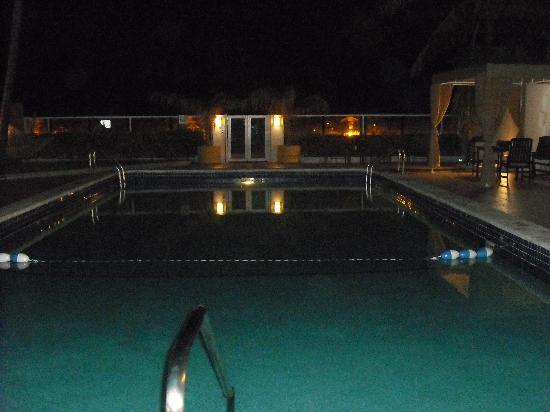 The Mimosa Hotel: pool to beach