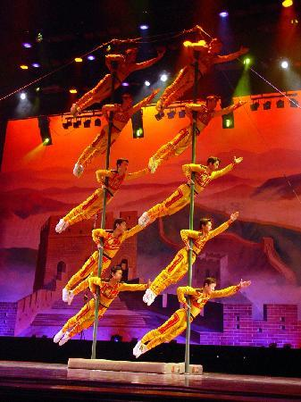 Acrobats of China: Pole Climbers from the New Shanghai Circus in Branson MO