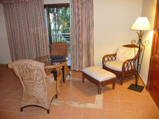 Luxury Bahia Principe Ambar Don Pablo Collection: Table with Chairs / Chair with Ottoman