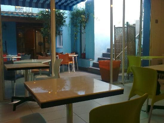 Parrots Sitges Hotel: Sala de desayunos del hotel Parrots