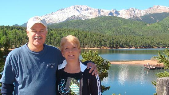 Manitou Springs, Kolorado: Crystal Peak Reservoir on way up to Pikes Peak
