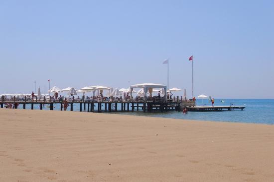 Voyage Belek Golf & Spa: Beach view