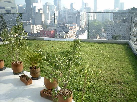 Le jardin suspendu picture of casa da gente rio de for Jardin suspendu