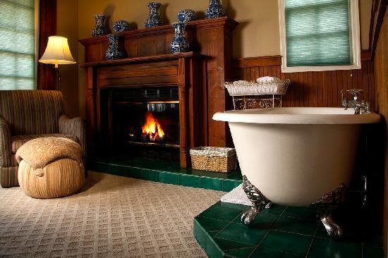 Victoria Inn : Fireside