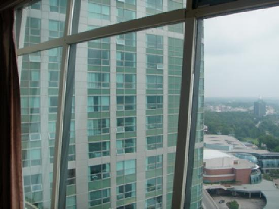 The Tower Hotel Full Fallsview Room But Still Looking At Embassy