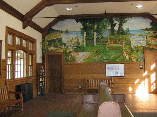 Artists on the Bluff Station Gallery: Mural depicting the history of the village in the Lake Bluff Metra train station.