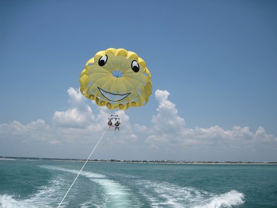 Smile High Parasail