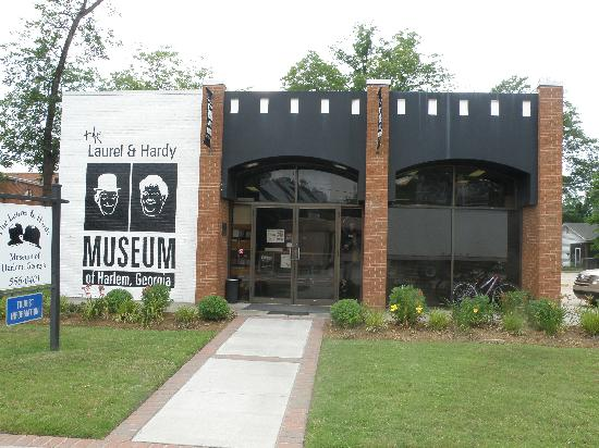 The Laurel and Hardy Museum of Harlem, Georgia: The Museum Exterior
