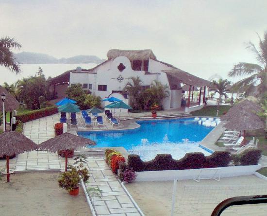 Hotel Castillo Huatulco And Beach Club