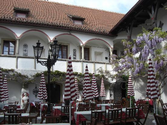 Alte Post: Innenhof 1