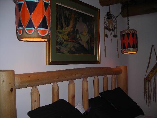 La Dona Luz Inn, An Historic Bed & Breakfast: Yellow Bird Room