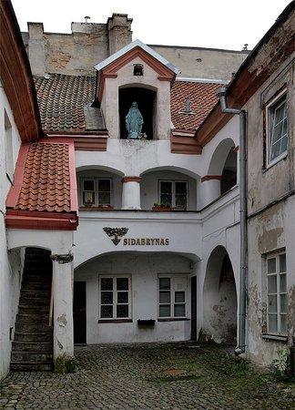 Vilnius, Lithuania: Hof