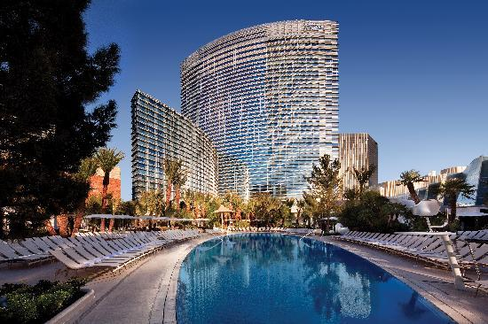 ARIA Resort & Casino: ARIA Hotel Pool
