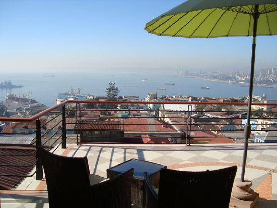 Hotel Boutique Acontraluz: Spectalur view of the bay