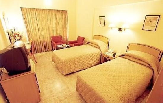 Beverly Hotel: Bedroom