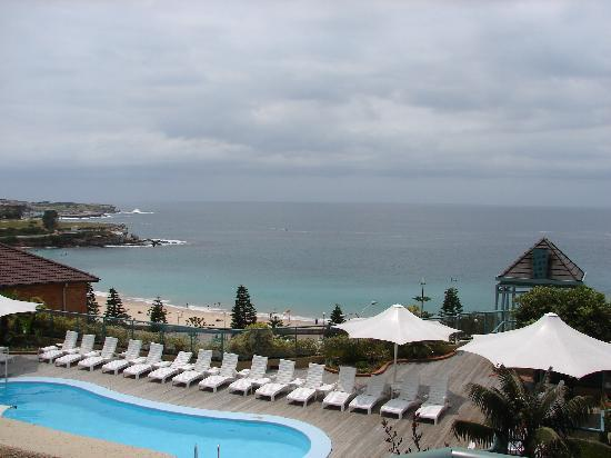 Coogee, Australien: Swimming pool of the hotel