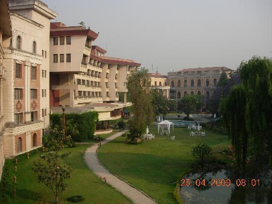 Hotel Yak & Yeti: View of YakNYeti