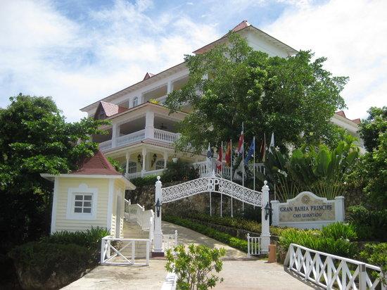 Cayo Levantado, Dominikanische Republik: entrada hotel