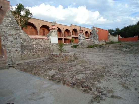 Ex-Hacienda La Petaca: Entranceway Leading to Apartment Complex