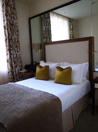 โรงแรมเดอะเคนซิงตัน: standard double room
