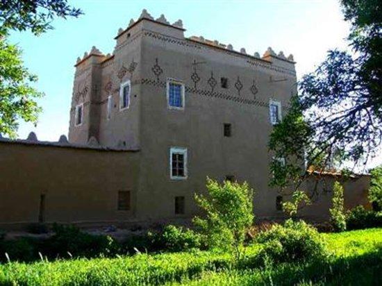 El Kelaa M'gouna, Morocco: CHATEAU DE TERRE