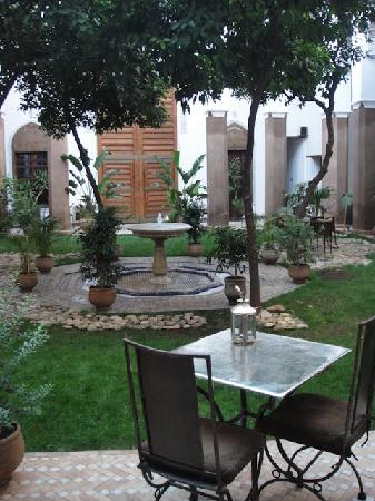 Riad Laaroussa Hotel and Spa : Garden