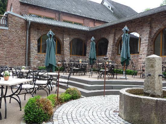 Klosterhotel Marienhoeh: Der Innenhof