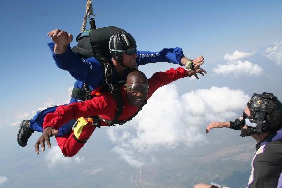 Рустенбург, Южная Африка: Tandem SkyDive at SkyDive Rustenburg