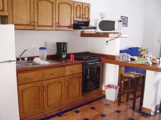 Motel Los Arcos: Kitchen