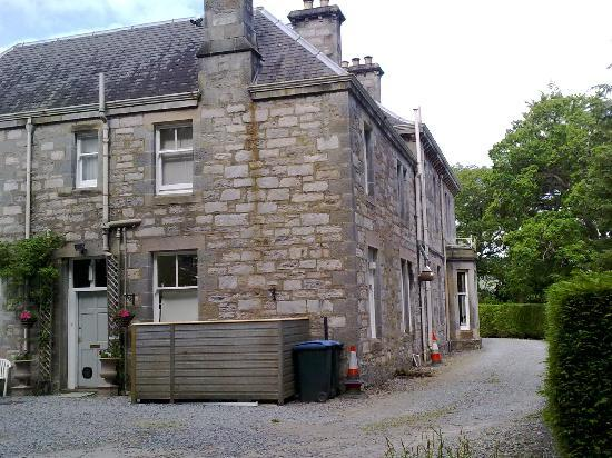 Knockendarroch House Hotel: The outside of the Hotel