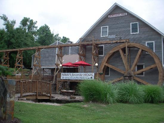 Inn at the Mill : Exterior Photo