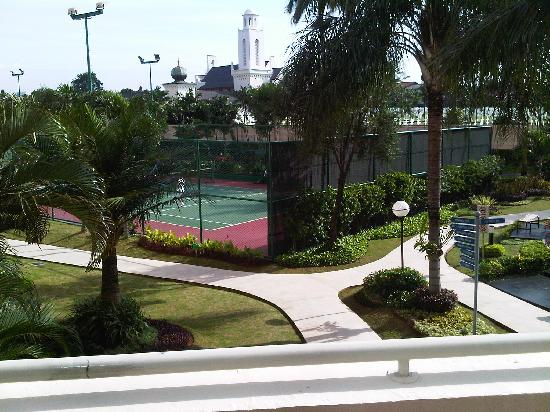 Puri Casablanca Serviced Apartment: Tennis Court with Chapel View