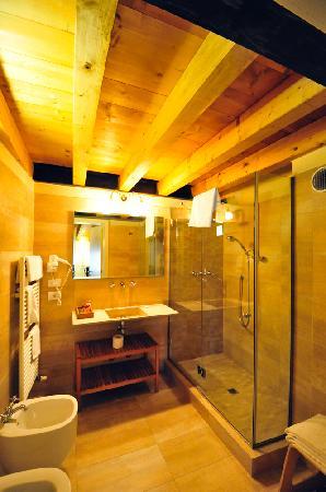 Hotel Piazza Vecchia: bathroom, Room 12