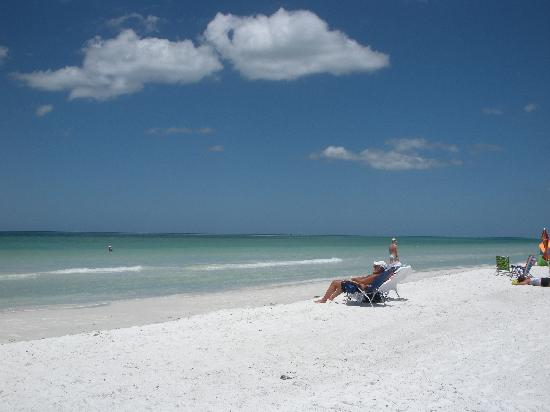 Crescent Beach: enjoying the surf...