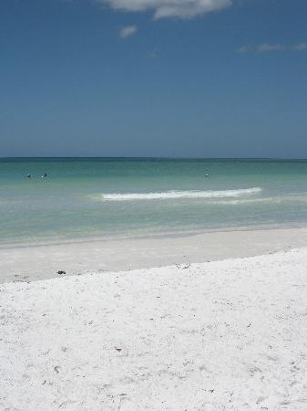 Crescent Beach: the rippling, aquamarine gulf