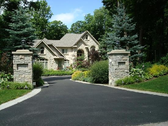 Beautiful homes picture of richmond hill ontario for Nice houses in canada