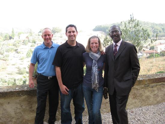 Petroio, Italie : Joergen, us and Osmond on our last day!