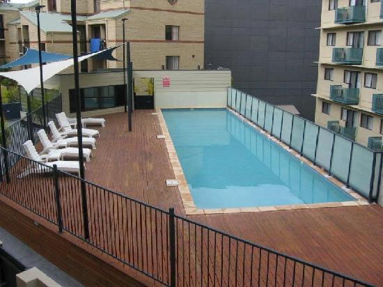 Mont Clare Boutique Apartments: Large pool area