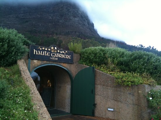 Haute Cabriere Tasting Room : The entrance to the cellar